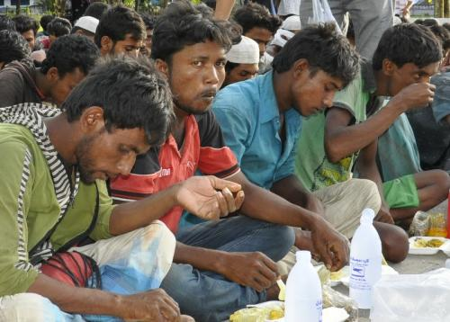 Rohingya: Only 4 meals in 16 days at sea | Thaiger