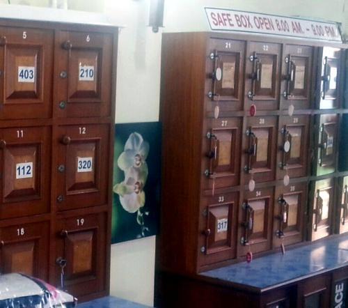 Phuket Police suspect Arabs in B3mn locker heist   Thaiger