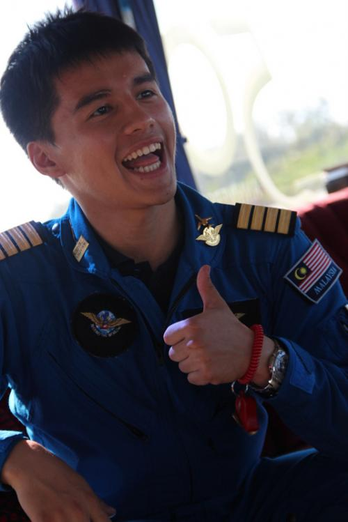 After Phuket, Capt Tan makes record-breaking landing in Malaysia   The Thaiger