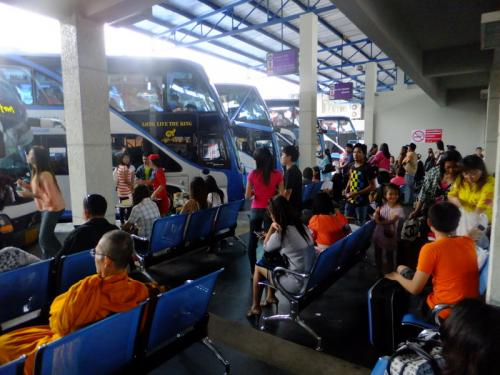 Phuket beefs up bus services, driver drug tests for Songkran | The Thaiger