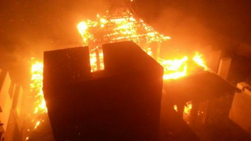 Blaze engulfs abandoned luxury hotel bordering Phuket National Park | Thaiger