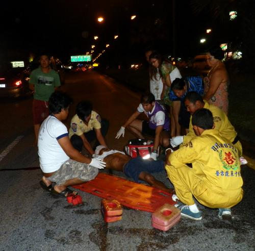 Phuket tourist hits pedestrian on Thepkrasattri Road | The Thaiger