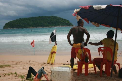 Phuket lifeguards linger on beaches another month, contract pending | The Thaiger