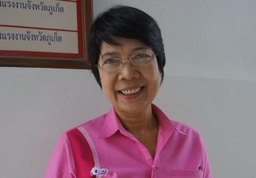 """Migrant workers can stay """"for now': Phuket Employment Chief 