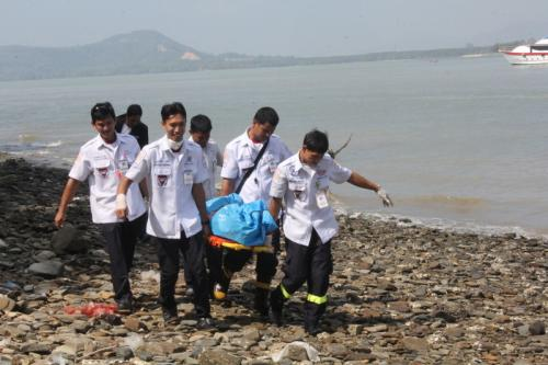 Body washes ashore near Phuket Town | The Thaiger