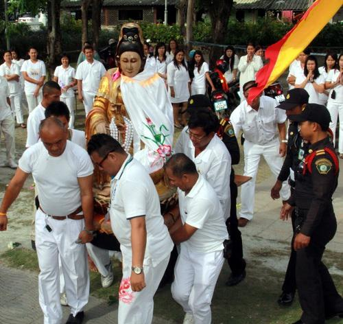 Image of Chinese Goddess of Mercy moved for Old Town Phuket Festival   Thaiger
