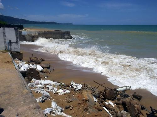 Resorts north of Phuket lose beachfront to raging sea | The Thaiger