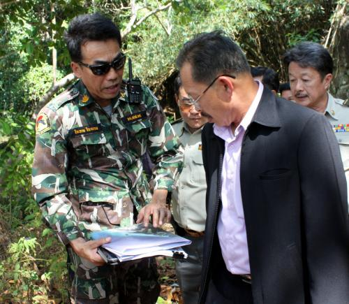 DNP chief bolsters support for Phuket park probe | The Thaiger