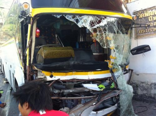 Breaking News: One dead as runaway Phuket tour bus wreaks havoc | The Thaiger