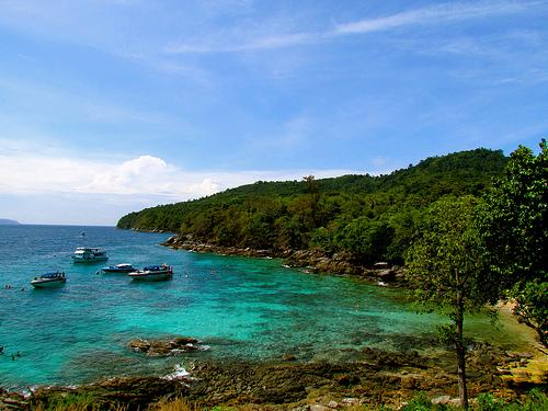 Russian dive instructor drowns at Racha Noi Island | The Thaiger