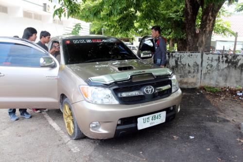 Phuket hatchet-wielding thief still at large, motorbike recovered   The Thaiger