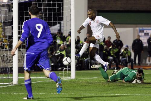 Phuket Gazette Sports: England hammer eight as Spain stutter; World Cup qualifiers | The Thaiger