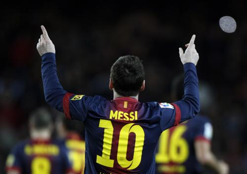 World Sports: Messi named the best – again | Thaiger
