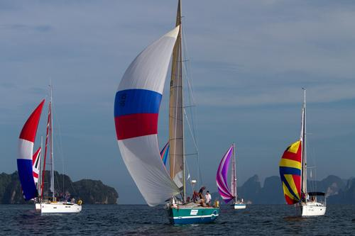 Phuket Sports: Fantasia puts the hex on Voodoo in day 2 of the Bay Regatta | Thaiger