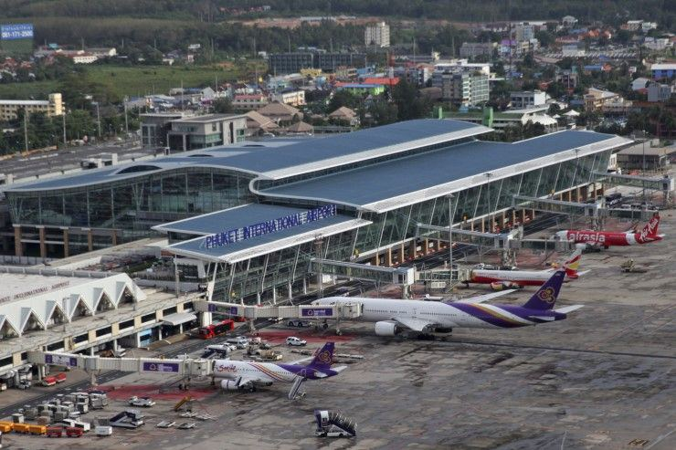 Some changes for traffic flow at Phuket International Airport | The Thaiger