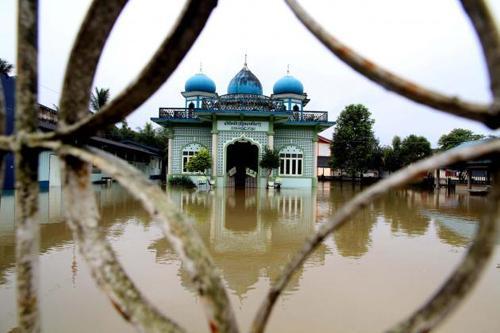 Thailand News: Thais score lowest in English; Money laundering blacklist; Bangkok Flood Center opens | The Thaiger