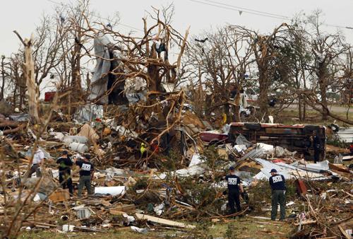 Phuket Gazette World News: Texas tornado kills six; Nepal passenger plane crash – all survive; Mayan pyramid bulldozed | The Thaiger