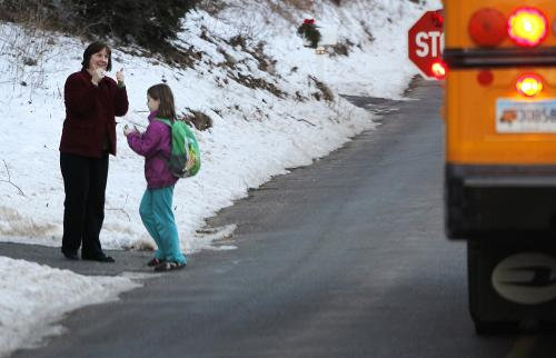 World News: Back to school for Sandy Hook Elementary School's surviving students | Thaiger