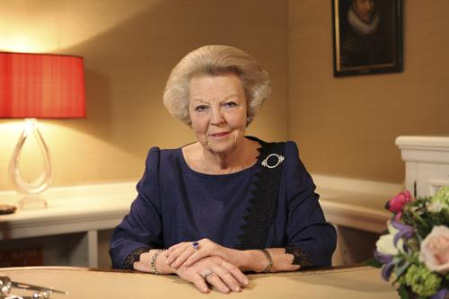 Phuket Gazette World News: Queen Beatrix to abdicate Dutch throne | Thaiger