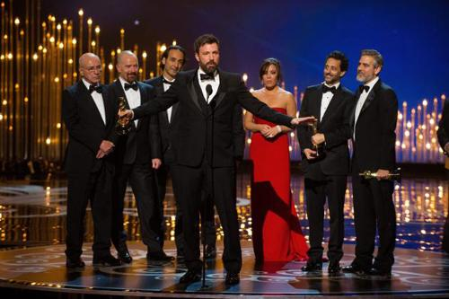 Phuket Lifestyle: Day-Lewis makes history as Oscars shared around | The Thaiger