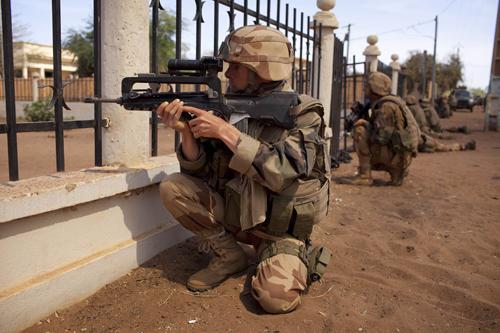 Phuket Gazette World News: Fierce fight in Mali – Photo special   The Thaiger