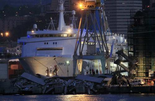 Phuket Gazette World News: Italy ship crash kills 7; $50mn Brussels diamond heist; Ohio captives recount grisly ordeal; Berlusconi jailed   The Thaiger