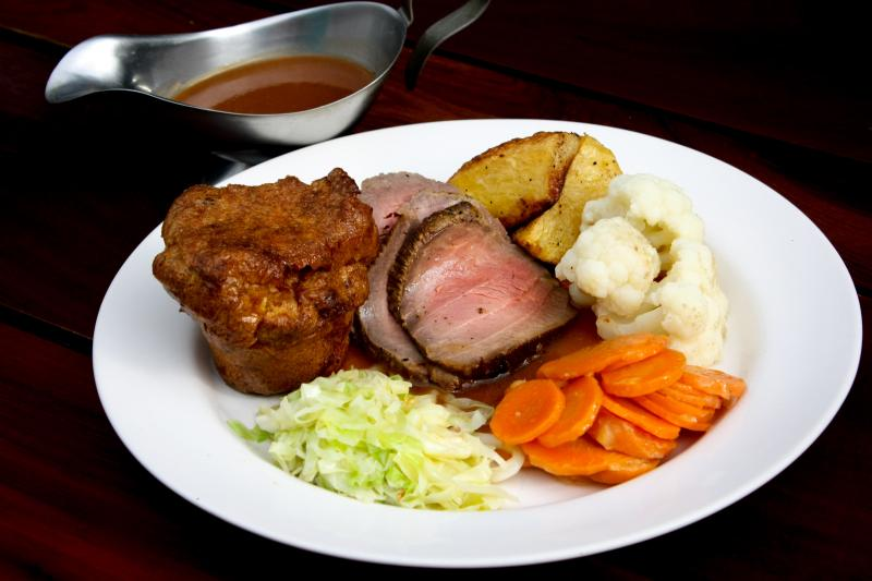 Top 10 Roast Dinners in Phuket | News by The Thaiger