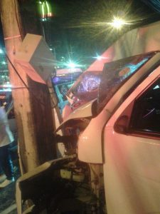 Tour company van crashes into electric pole | News by Thaiger