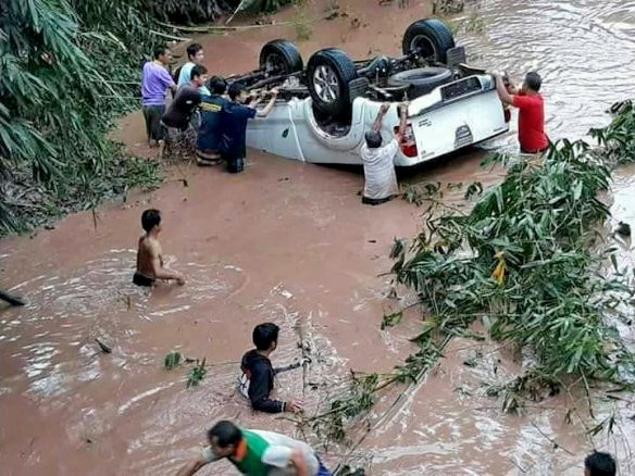 Nine killed and 300,000 more affected by flooding in 21 Provinces | The Thaiger