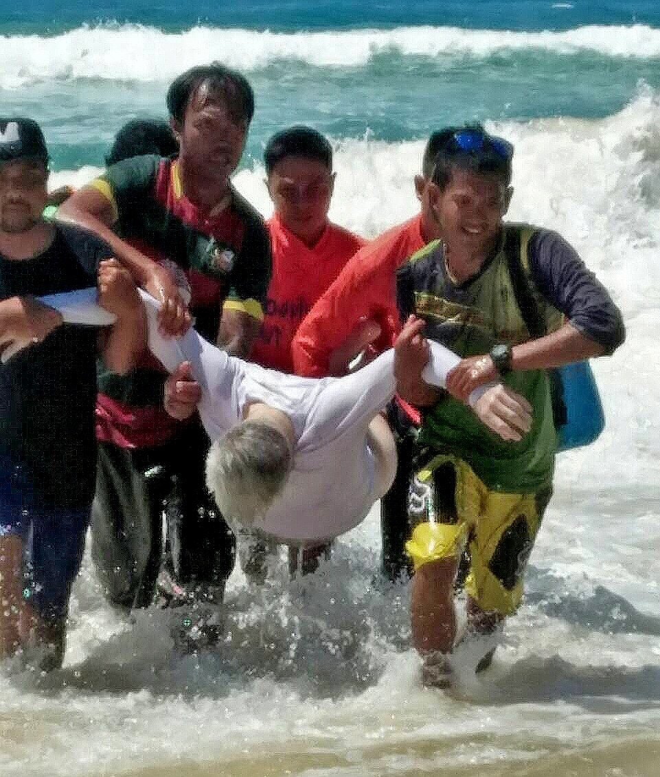 Another Russian tourist drowns at Karon Beach | The Thaiger