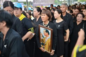 12 months of mourning finishes tonight (Sunday) | News by Thaiger