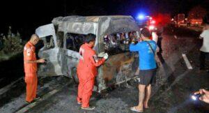 Another van tragedy - 14 die after crash in Sing Buri   News by Thaiger