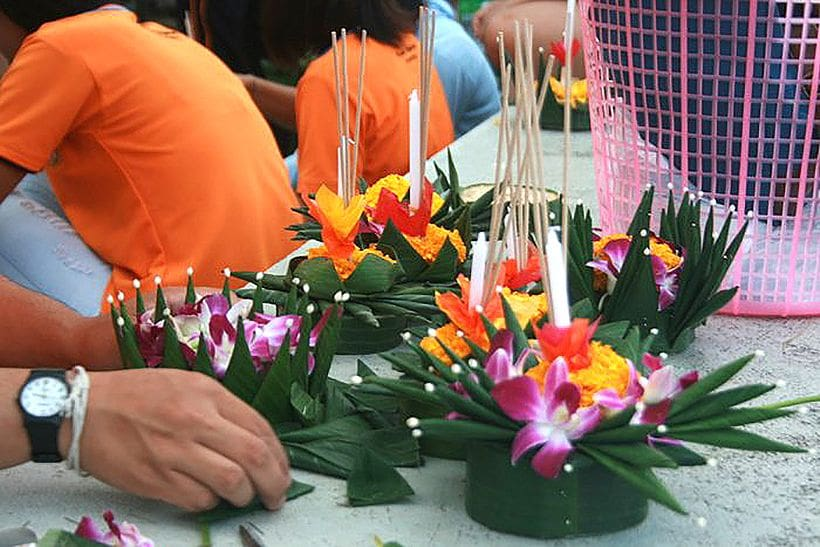 Happy Loy Krathong. Here are your krathong launching locations in Phuket. | News by The Thaiger