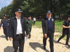 DSI visits Laypang Beach to recover encroached land from illegal businesses   News by Thaiger