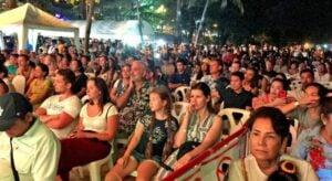 Loy Krathong attracts big crowds around Phuket and Thailand.   News by Thaiger