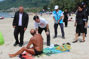 Authorities check the smoking ban along Patong Beach   News by Thaiger