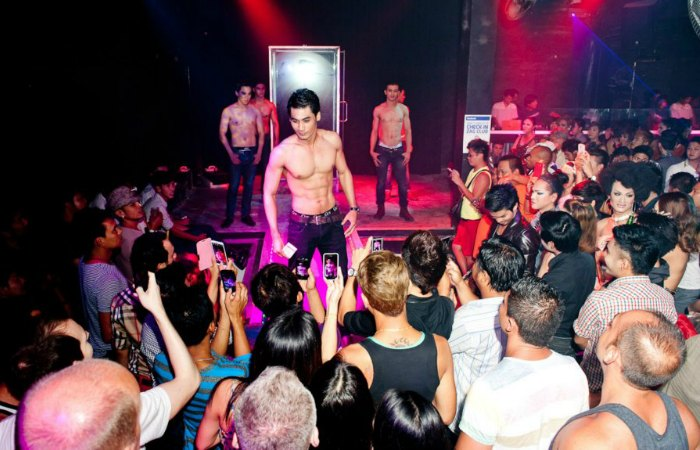 Phuket's gay scene gets another chance with Chinese GLBTI | The Thaiger