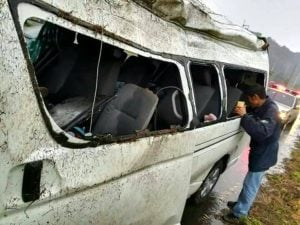 19 students injured in Chiang Rai van accident | News by Thaiger