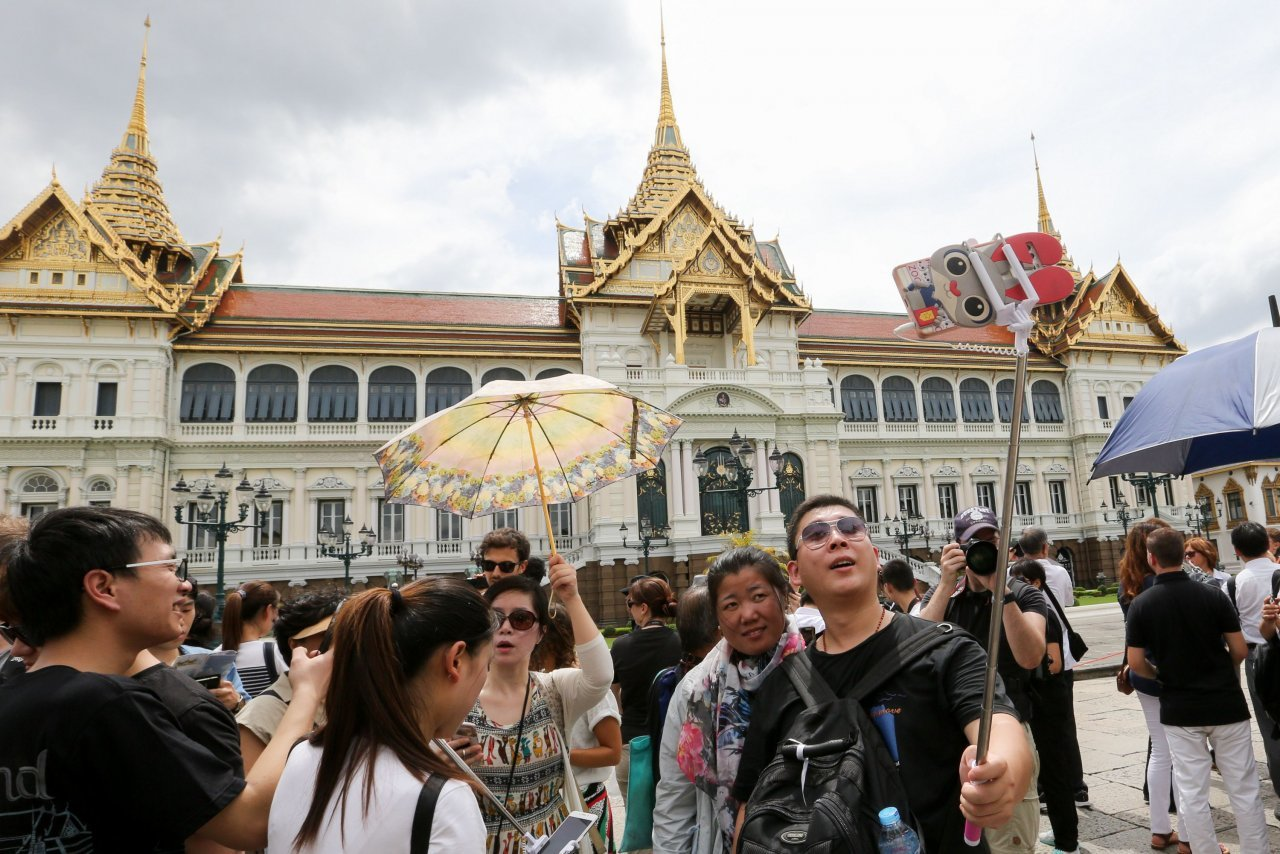Who's coming and what are they spending? Tourist numbers for 2017. | The Thaiger