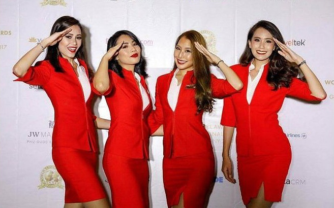 Malaysian MPs say AirAsia, Firefly stewardess uniforms too sexy | The Thaiger