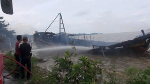 Impounded fishing boats destroyed in blaze | News by Thaiger