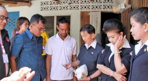 Help pours in to assist the 9 year old boy from Krabi | News by Thaiger