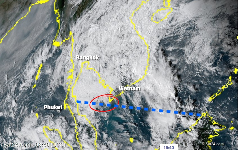 """Tropical storm """"Tembin"""" makes its way across the Gulf of Thailand 