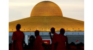 Is Phra Dhammachayo living abroad? | News by Thaiger