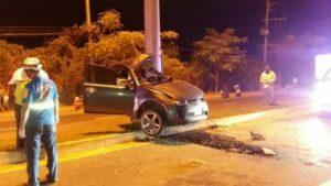 Pick-up truck loses control killing Khon Kaen driver | News by Thaiger