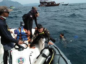 Boat debris discovered and tagged off Viking Cave, Koh Phi Phi   News by Thaiger