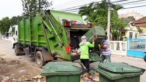 Tourists leave. Garbage problem stays. | News by Thaiger
