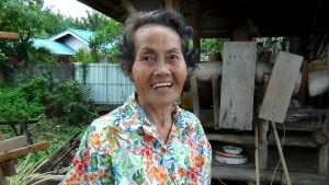 Krabi's cleaning hero | News by The Thaiger