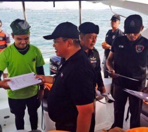 ตร.ท่องเที่ยวนำทีมลงตรวจสอบเรืองท่องเที่ยวสามารถจับกุมดำเนินคดีได้12ราย | News by The Thaiger