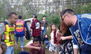 Van crashes near Khao Lak | News by Thaiger